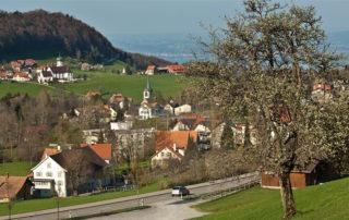 Wanderführer Appenzellerland Route_04a Grub AR Grub SG Halten Koordinaten: E 755524  N 256699 Höhe: 873 m