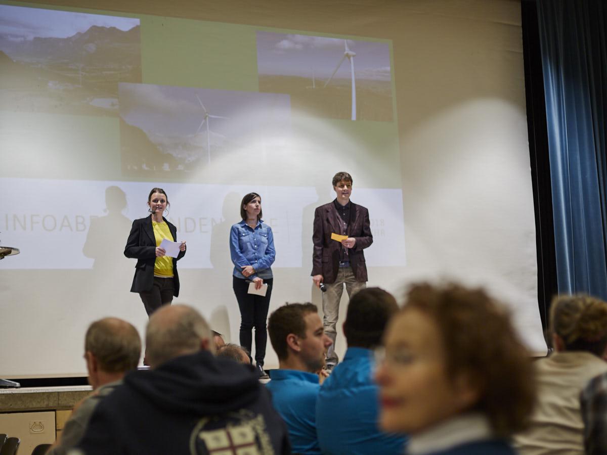 eingeladen haben das Aüb, der Verein Solardorf Rehetobel und die Lesegesellschaft Dorf Rehetobel