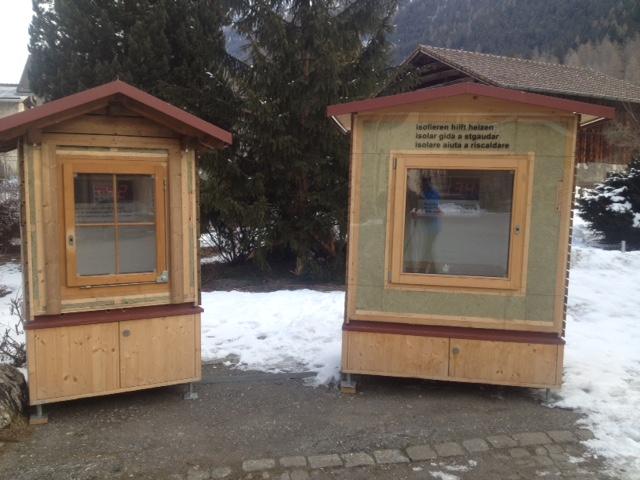 Isolieren hilft Heizen! – Ausstellung in der Energiestadt-Region AüB